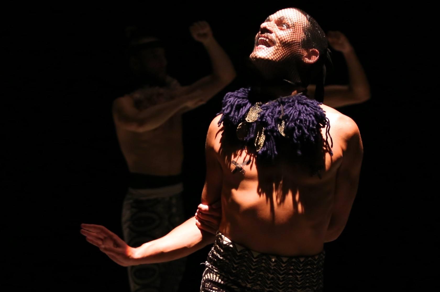PÚBLICO - O Dia Mundial da Dança festeja-se de Norte a Sul do País