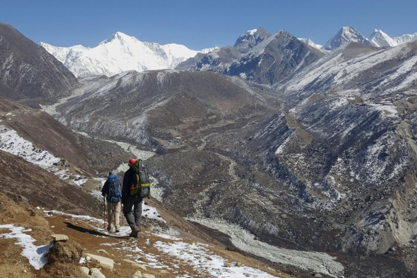 PÚBLICO - Alpinista suíço Ueli Steck morre em acidente perto do Evereste