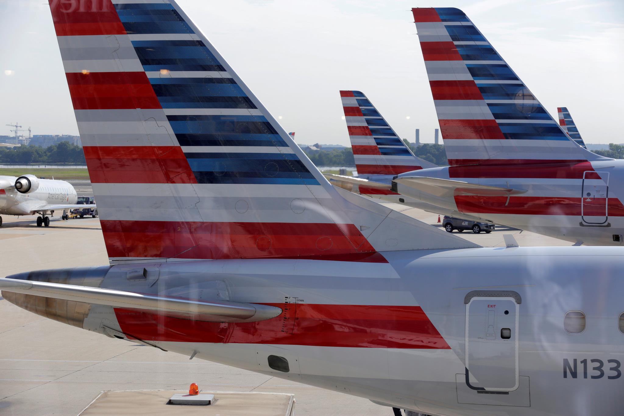 O episódio aconteceu a bordo de um avião da American Airlines, que seguia de Los Angeles com destino ao Havai