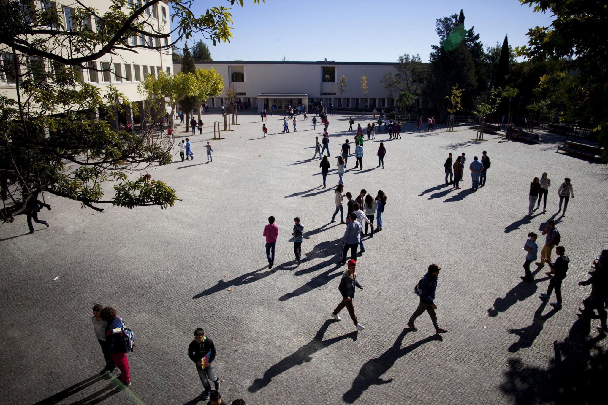 PÚBLICO - Educação é a área em que Portugal mais usa os fundos europeus
