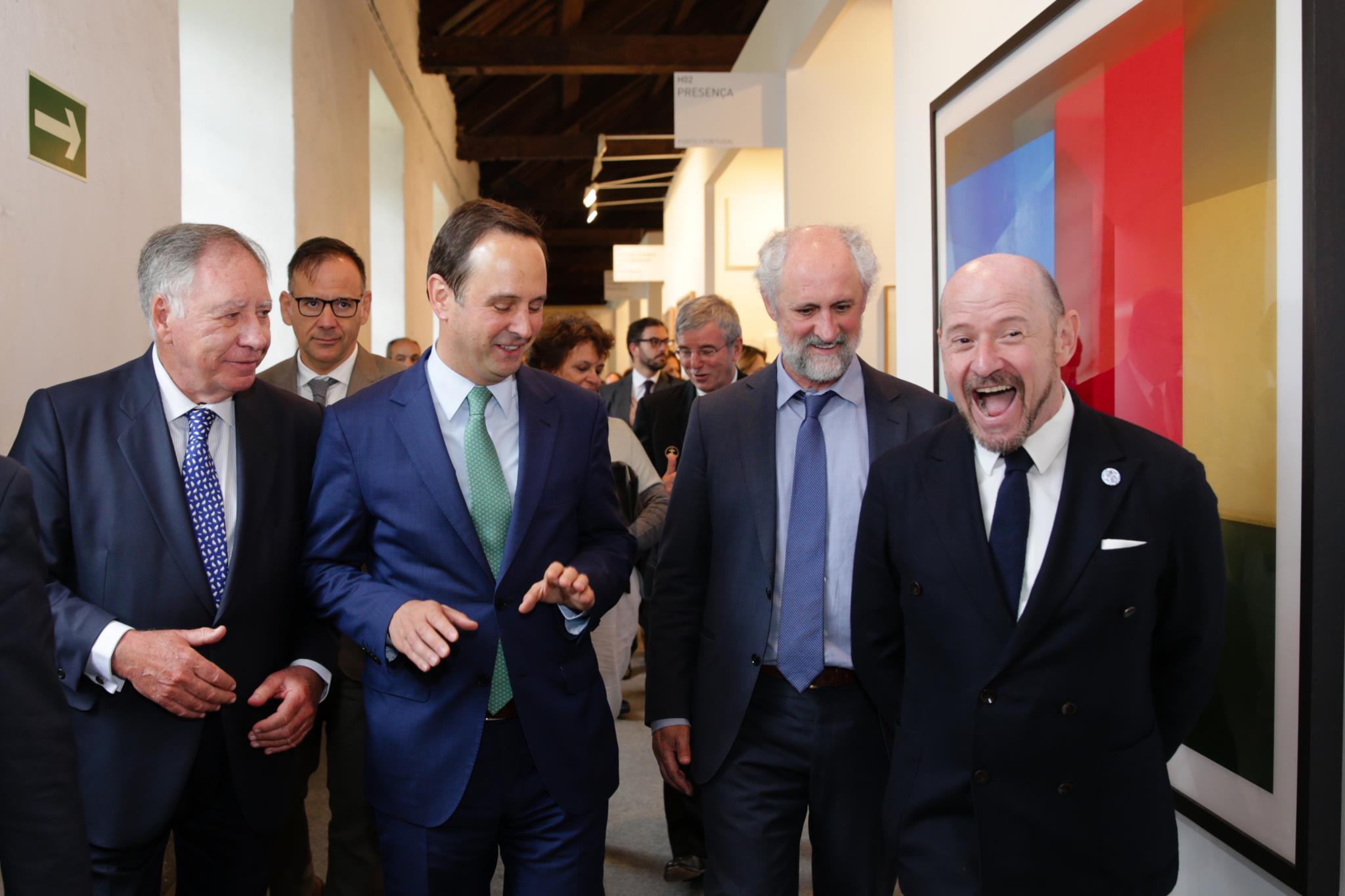 PÚBLICO - O que a Câmara de Lisboa, a EDP e Serralves compraram na ARCO