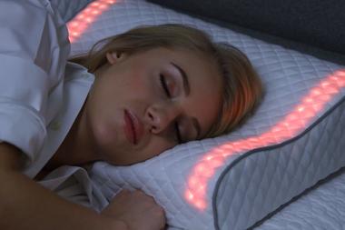 PÚBLICO - Esta almofada inteligente ajuda a dormir e a acordar melhor
