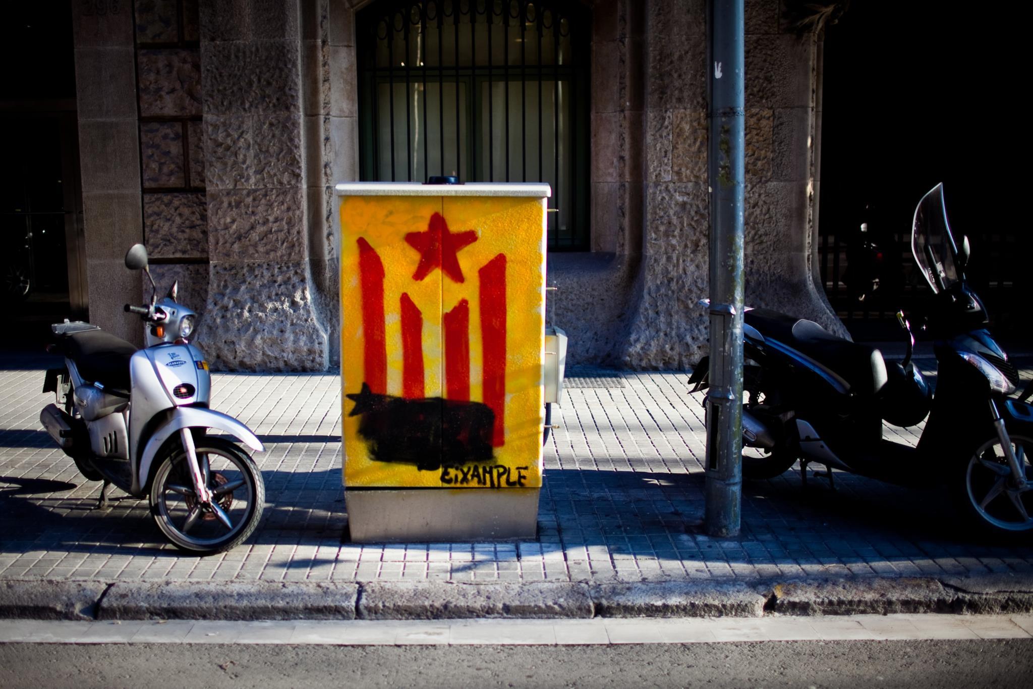 PÚBLICO - A Catalunha prepara-se para declarar independência se não houver referendo