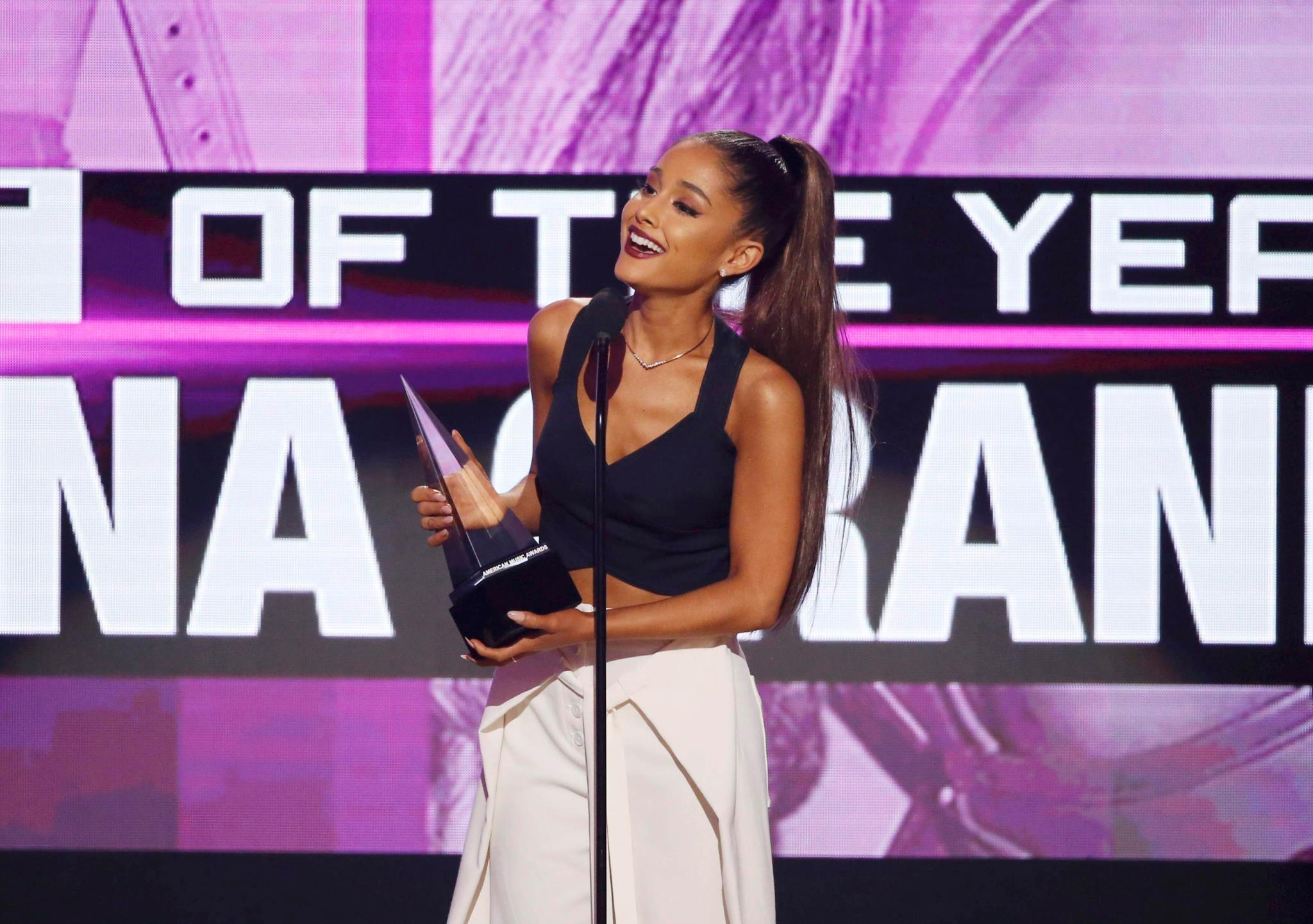 PÚBLICO - Quem é Ariana Grande?