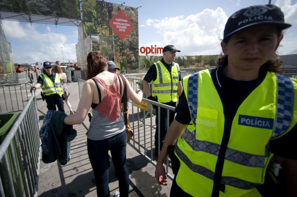 PÚBLICO - Em Portugal, organizadores de espectáculos dizem-se tranquilos com a segurança
