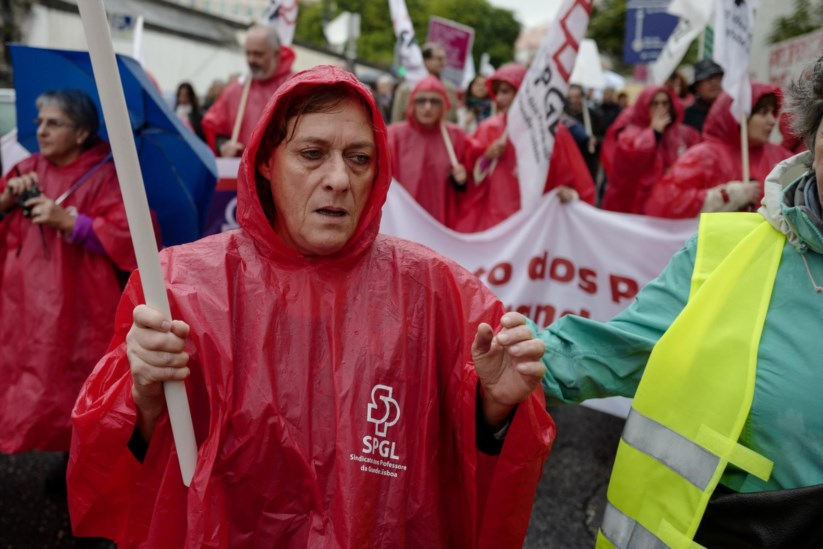 Em Novembro, trabalhadores e sindicatos da CGTP manifestaram-se em frente ao Parlamento