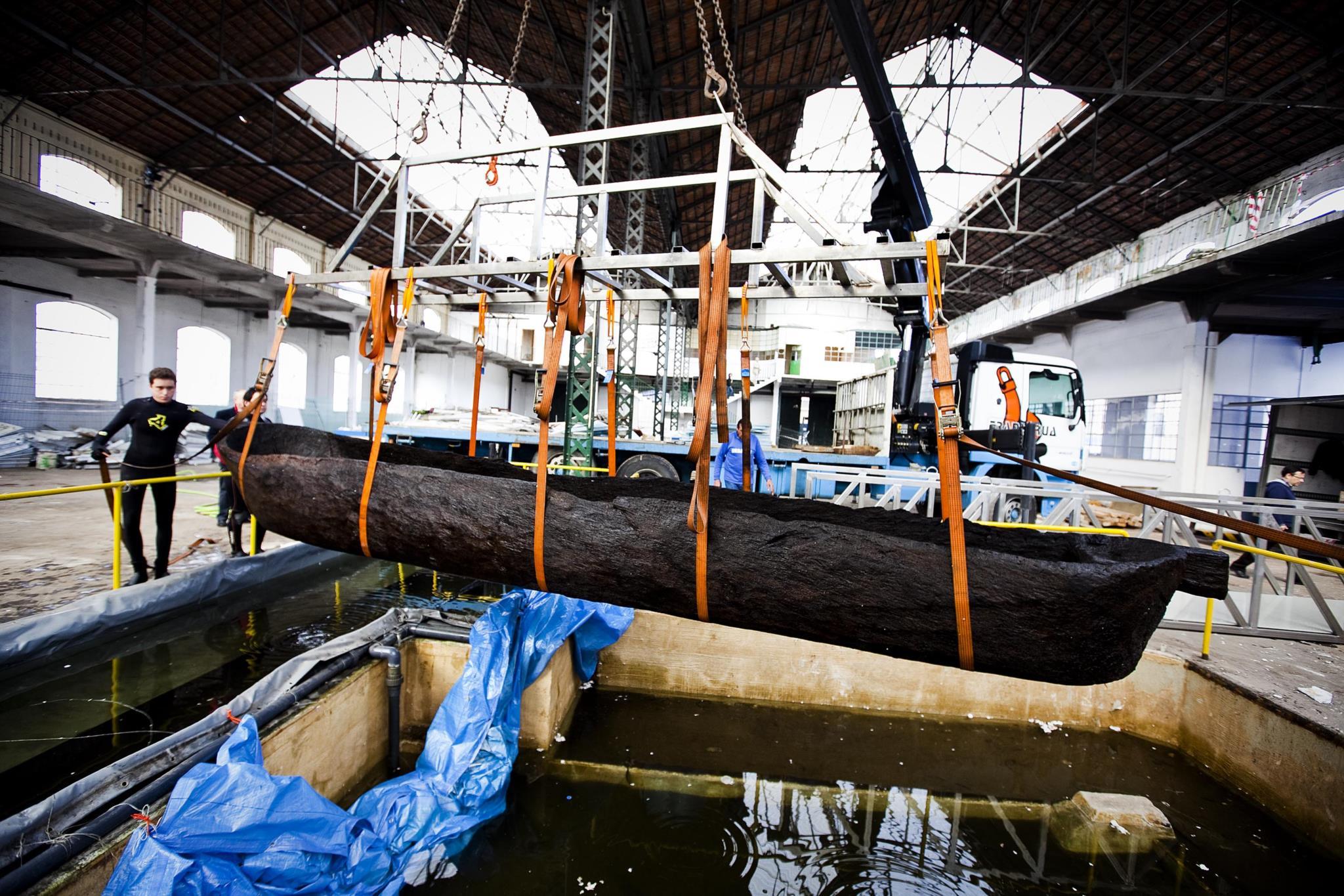 PÚBLICO - A arqueologia náutica e subaquática portuguesa está a naufragar?