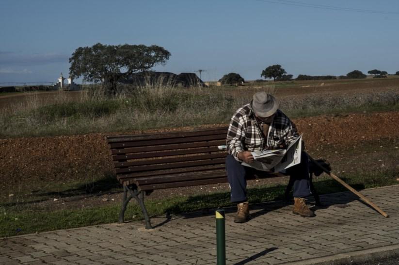 PÚBLICO - As mulheres ainda vivem mais do que os homens, mas a diferença está a diminuir