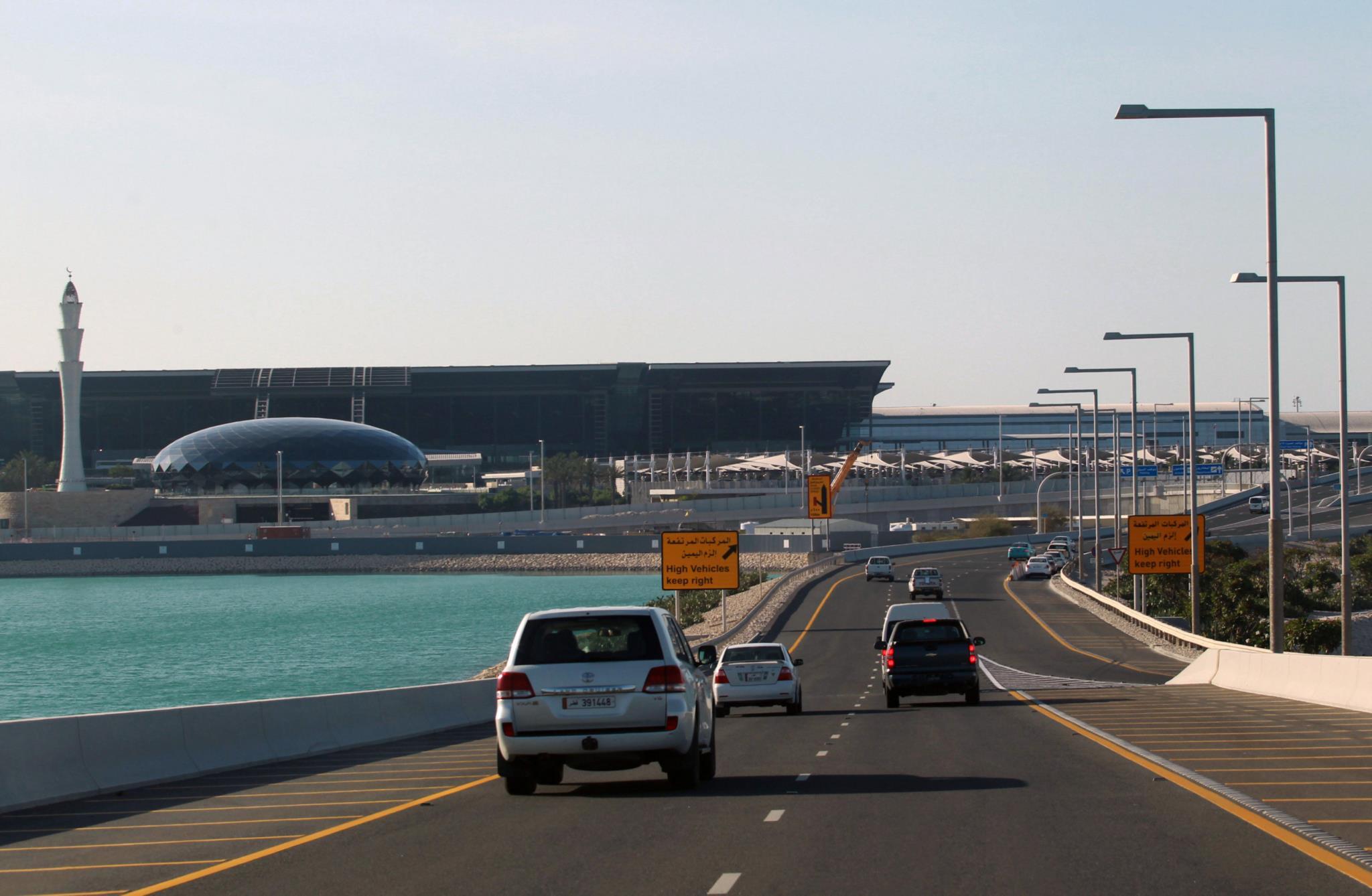 Cerco diplomático ao Qatar gera corrida aos supermercados. Governo apela à calma