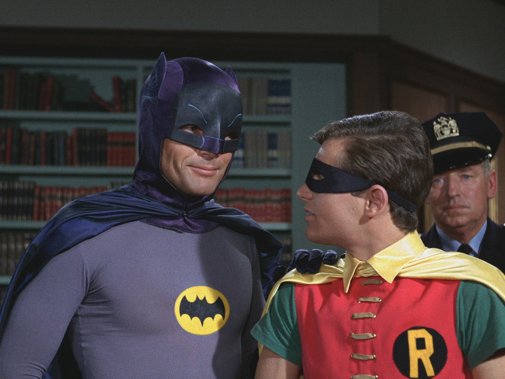PÚBLICO - Morreu Adam West, o Batman dos anos 60 (e o <i>mayor</i> de <i>Family Guy</i>)