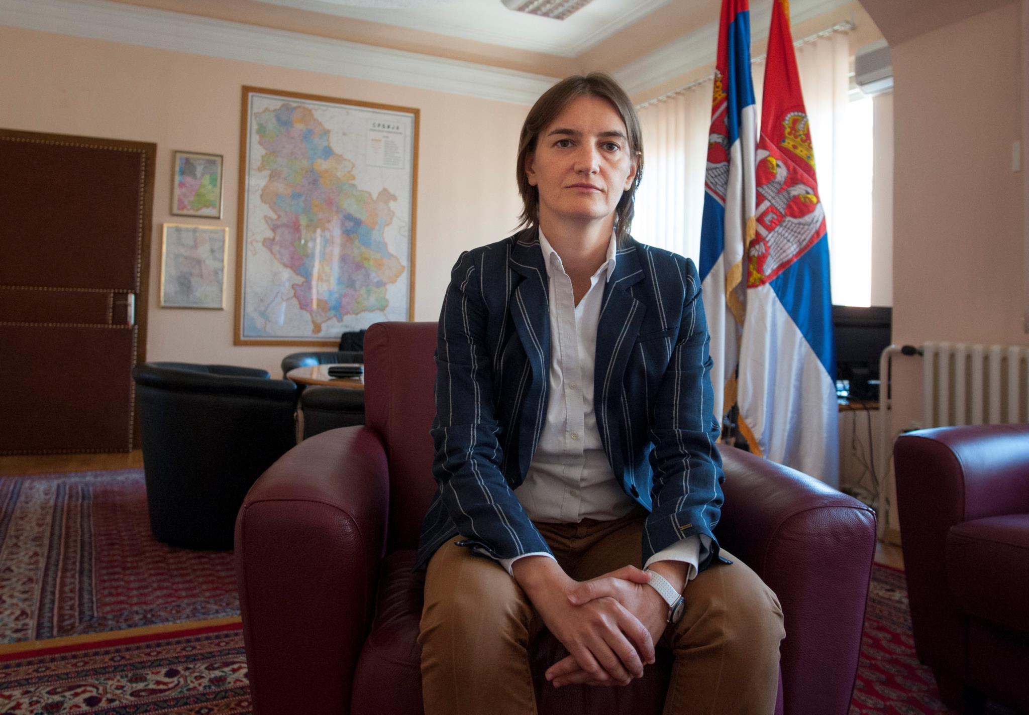 Ana Brnabic foi escolhida para ser primeira-ministra pelo Presidente sérvio