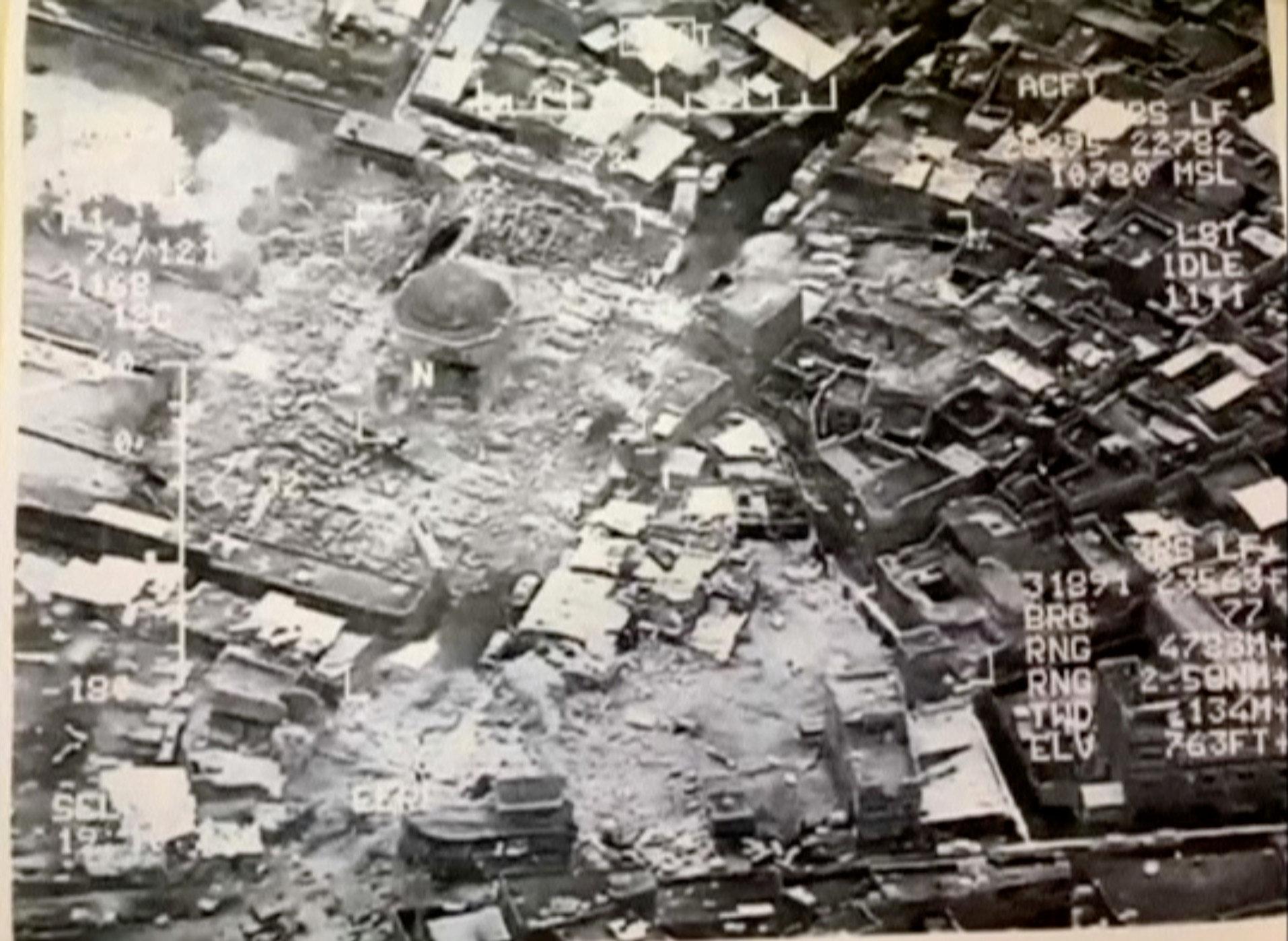 PÚBLICO - Grupo jihadista Daesh destruiu a mesquita histórica de Mossul