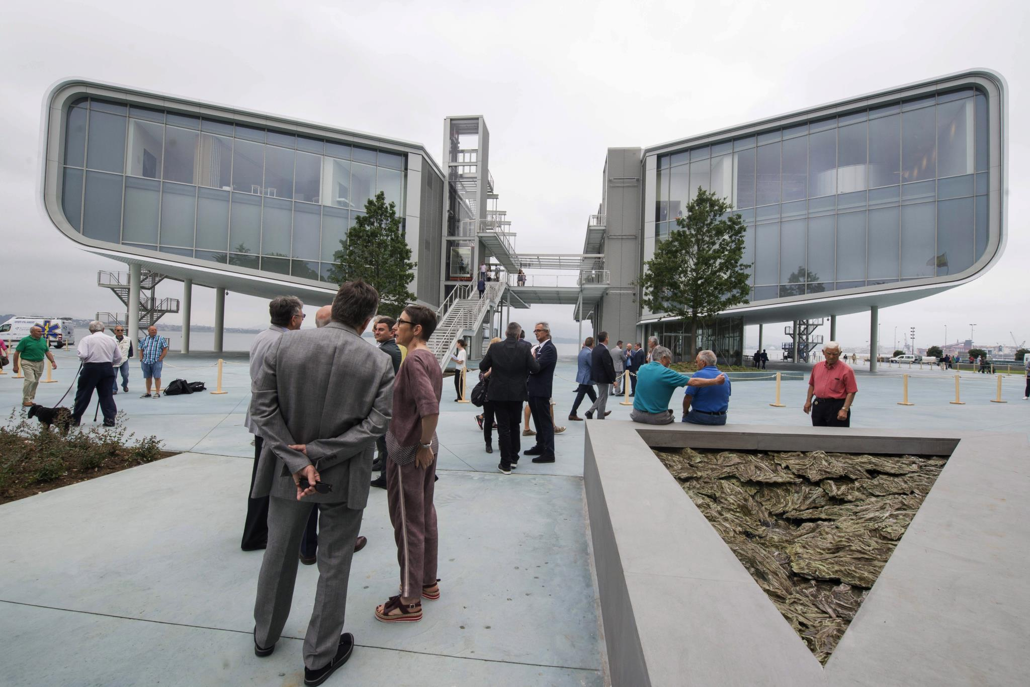 PÚBLICO - Santander inaugura centro de artes desenhado por Renzo Piano