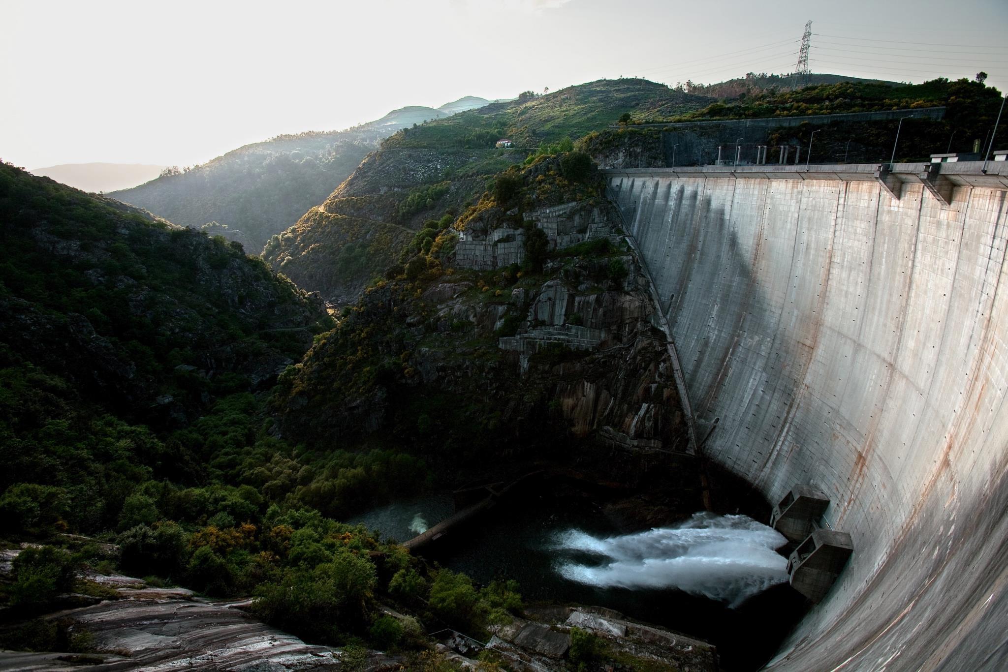 PÚBLICO - Bruxelas avalia alargamento do prazo das barragens à EDP sem concurso público