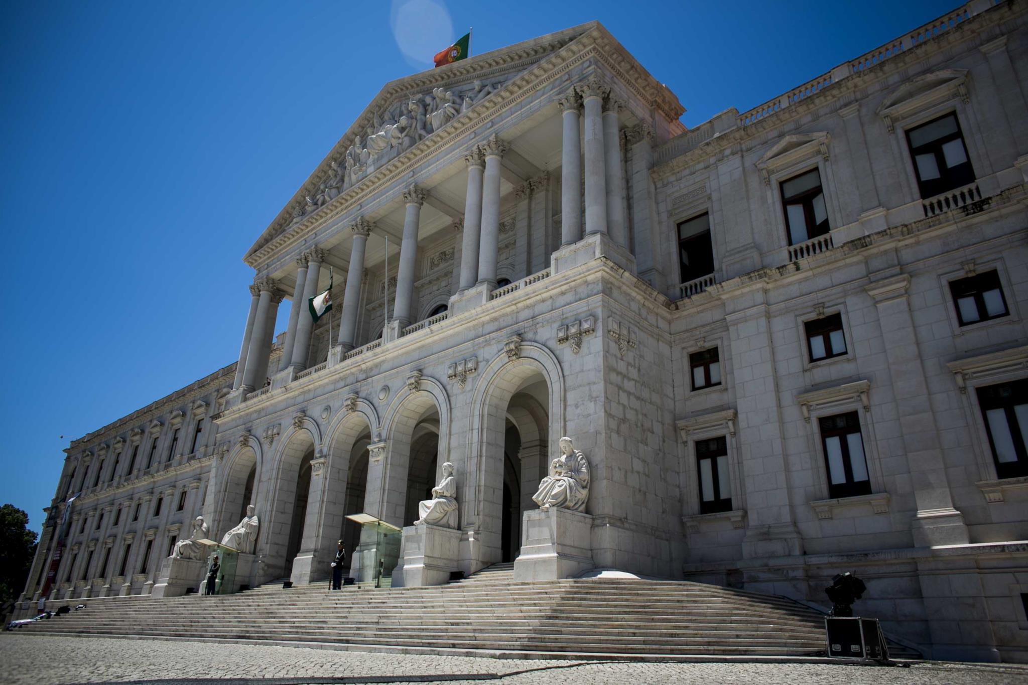 Assembleia já ecolheu membros da comissão que vai investigar os incêndios de Pedrógão
