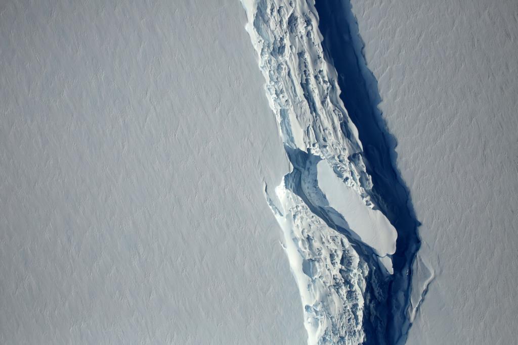 PÚBLICO - Onde anda o icebergue que se soltou na Antárctida?