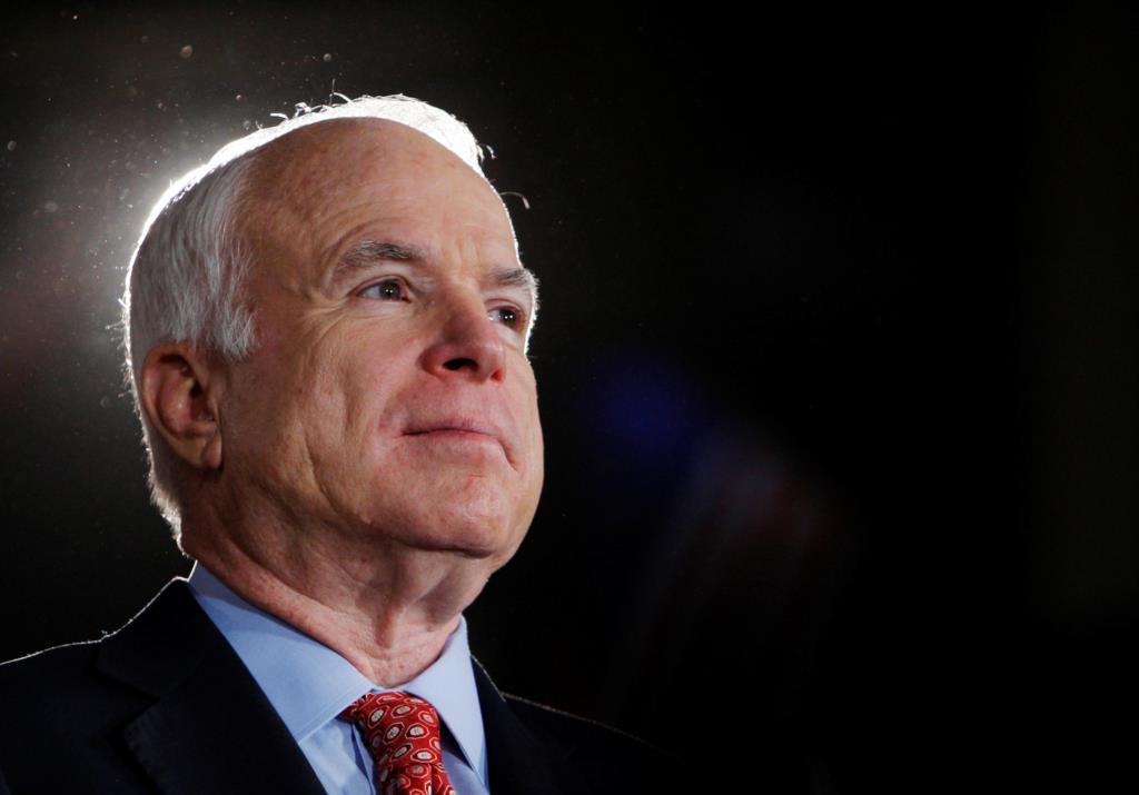 PÚBLICO - McCain, o senador que une o Congresso americano, tem cancro do cérebro