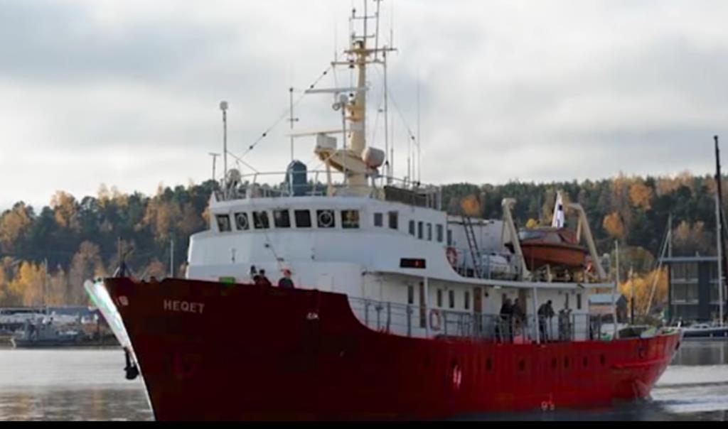 PÚBLICO - Foi arrestado o barco da extrema-direita no Mediterrâneo que queria controlar resgates a migrantes