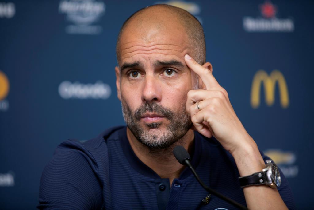 PÚBLICO - Manchester City garante Danilo por cinco temporadas