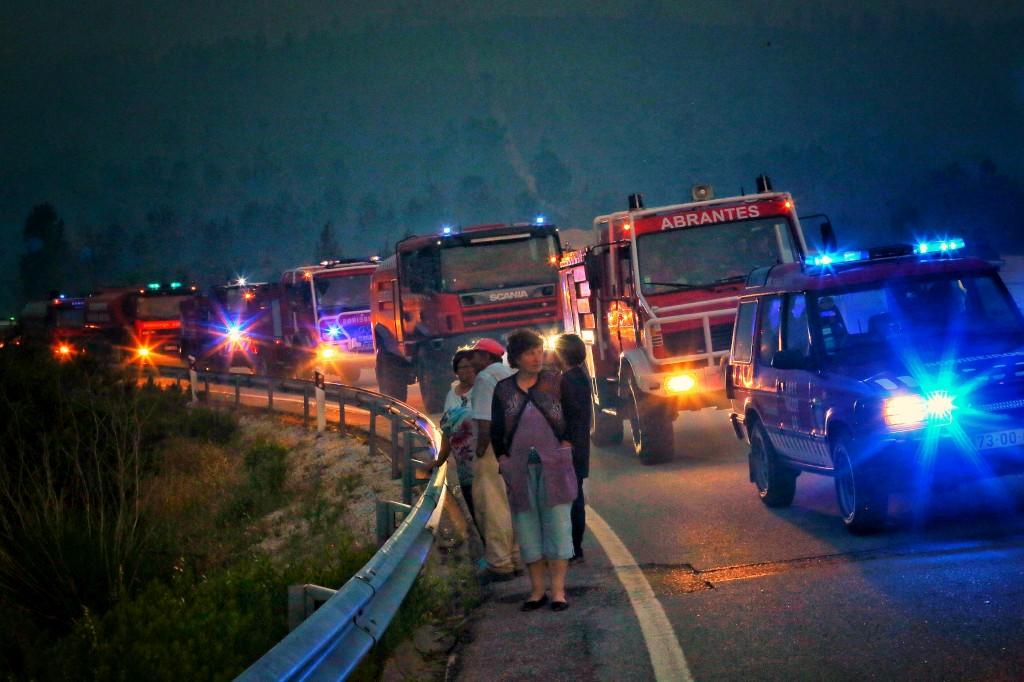 PÚBLICO - Os tabus oficiais sobre a tragédia de Pedrógão