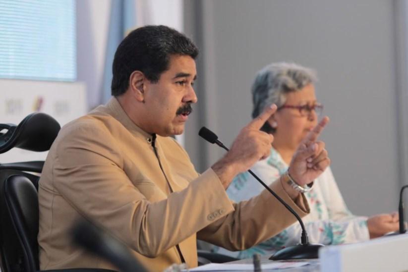 Os EUA anunciaram segunda-feira sanções directas contra o Presidente Nicolás Maduro