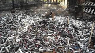 Milhares de botijas de butano usadas no processamento de marijuana despejadas em Humboldt, na Califórnia
