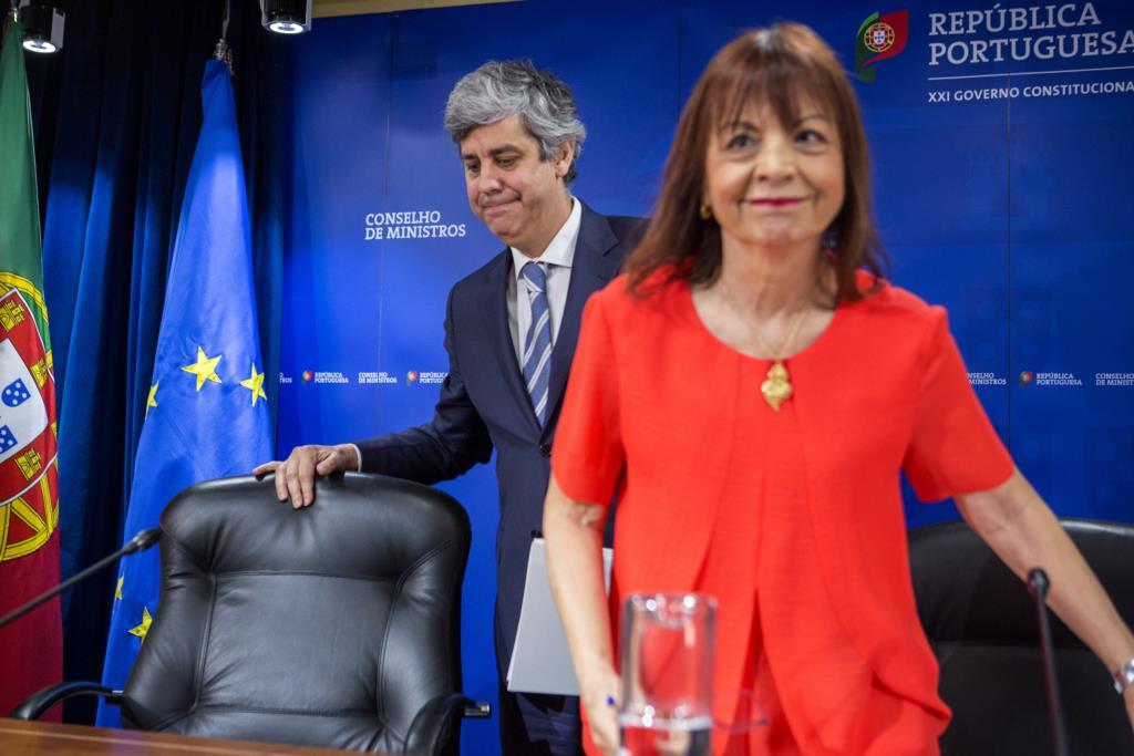 PÚBLICO - Função pública pode deixar alçada das Finanças em 2019