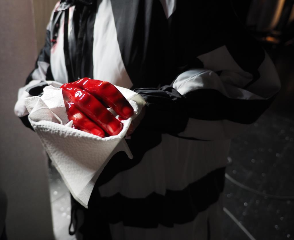 PÚBLICO - Escorre sangue (ou será ketchup?) na Culturgest