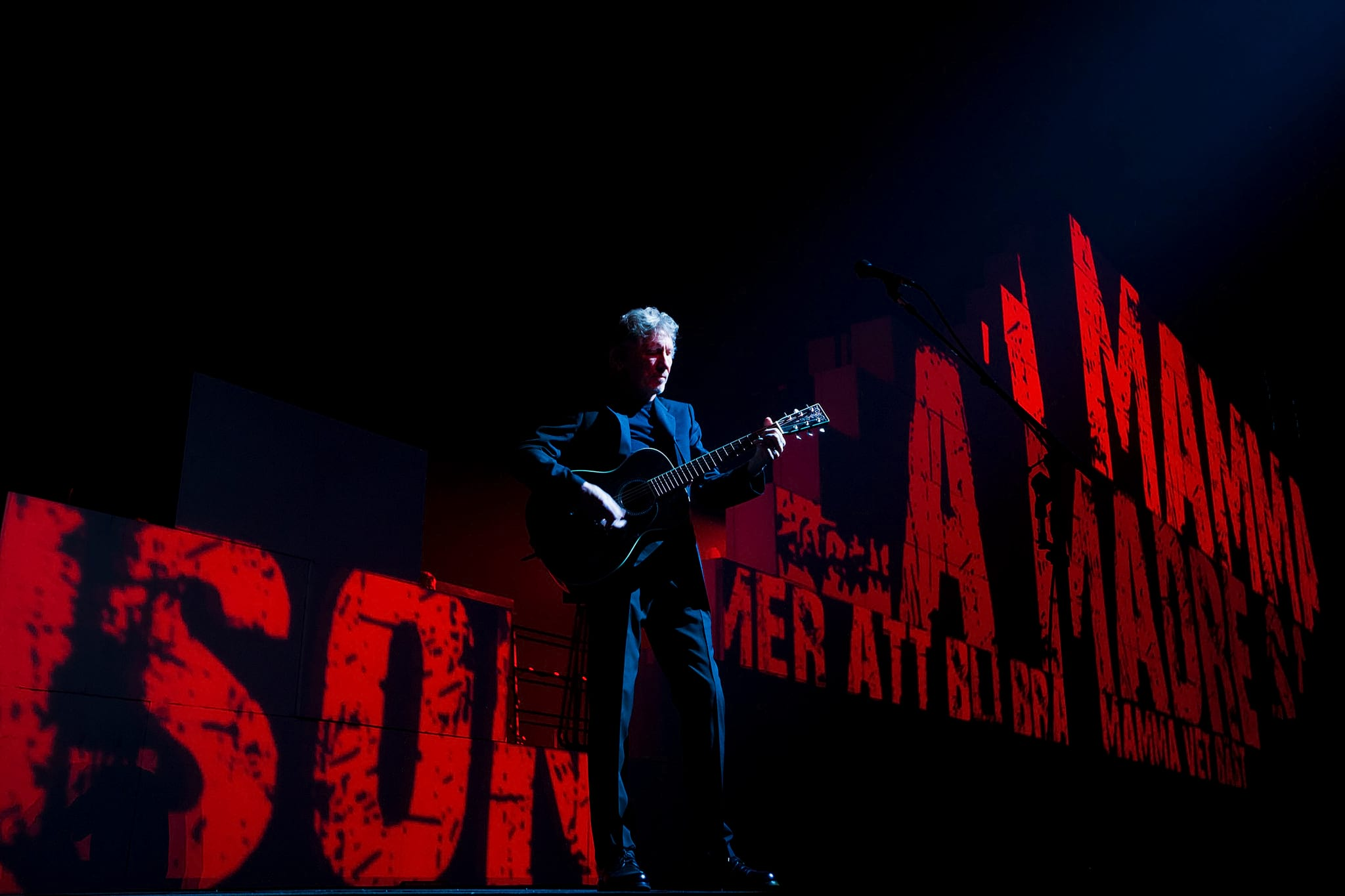PÚBLICO - Roger Waters regressa a Portugal no Verão de 2018
