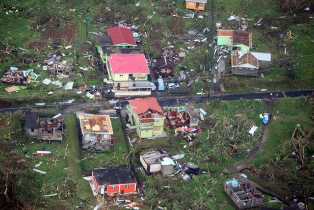 PÚBLICO - Furacão <i>Maria</i> já causou pelo menos nove mortos e deixou Porto Rico às escuras
