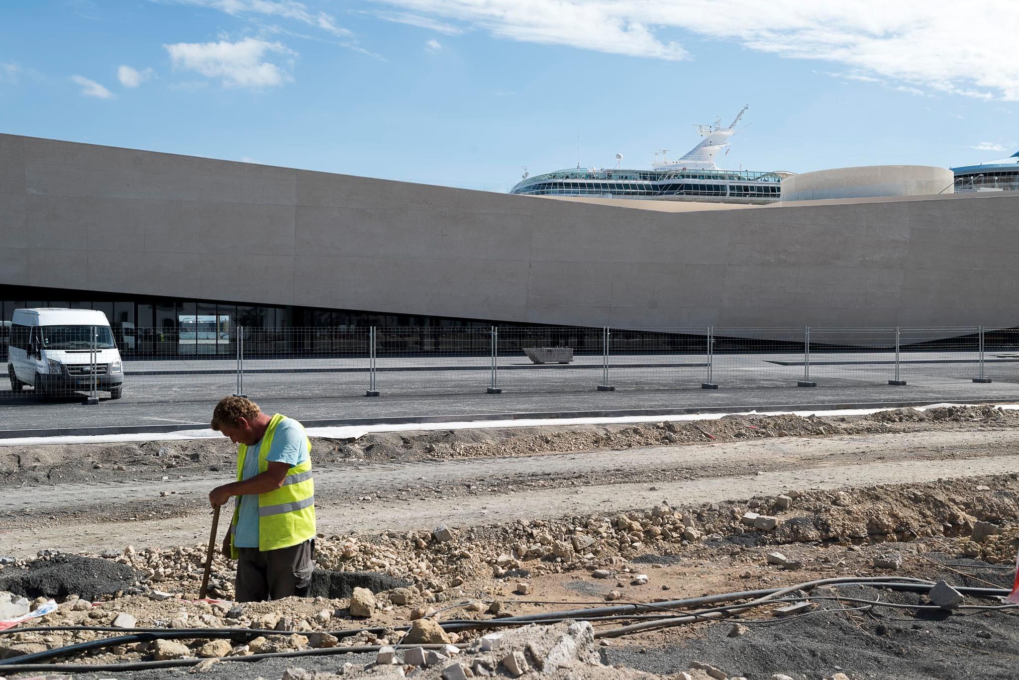 """PÚBLICO - Novo terminal de cruzeiros abriu e fechou no mesmo dia. Está em """"abertura beta"""""""