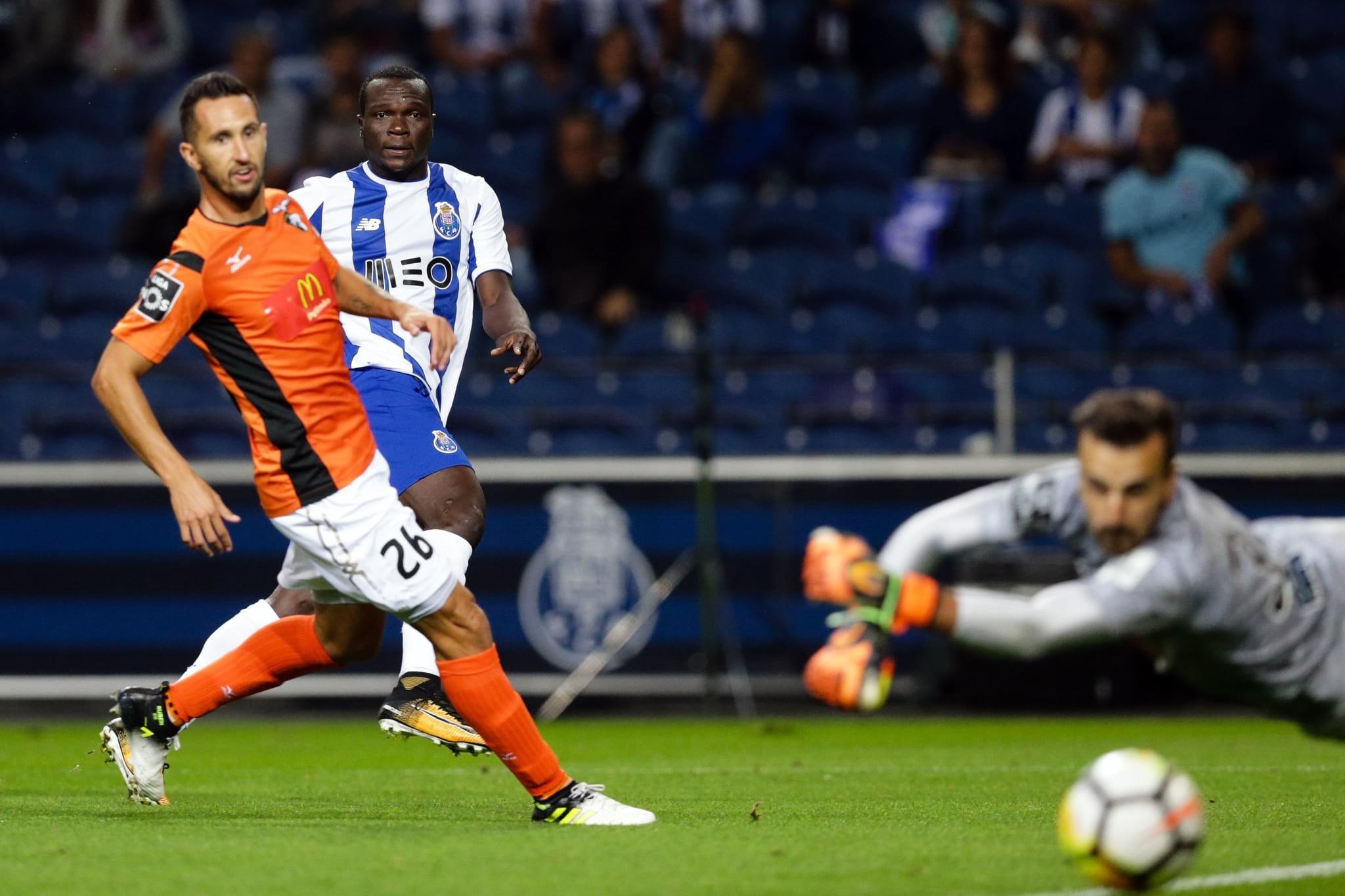 PÚBLICO - FC Porto de mão-cheia bate Portimonense atrevido