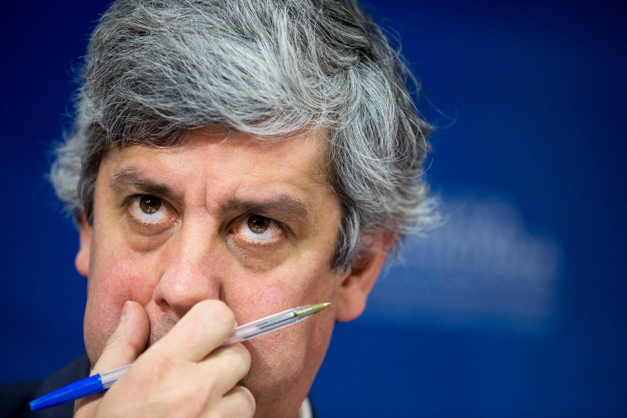 PÚBLICO - Centeno tem 16 exigências da esquerda à espera de resposta