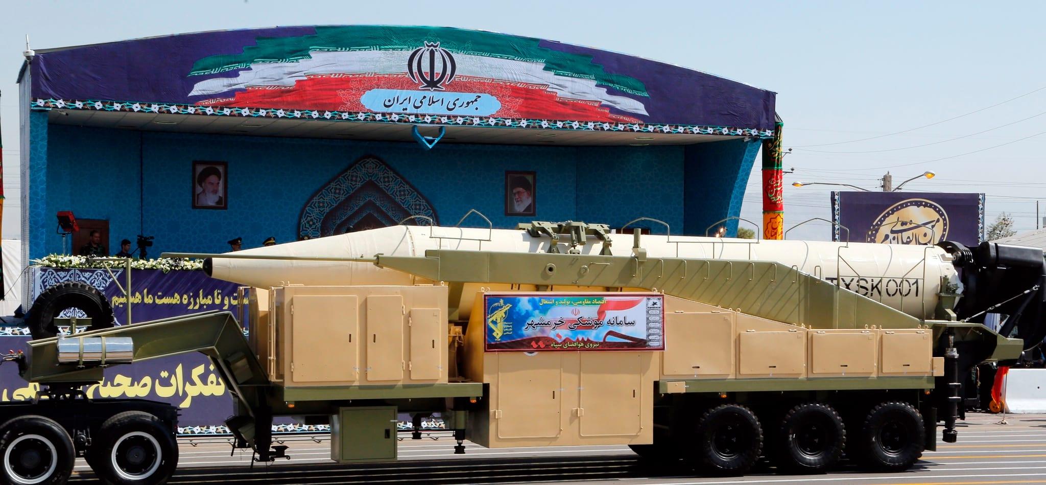 PÚBLICO - Irão testou com sucesso míssil de médio alcance