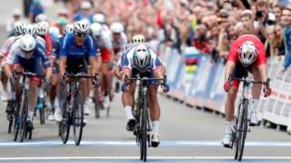 A luta pelo triunfo no sprint final dos Mundiais de estrada