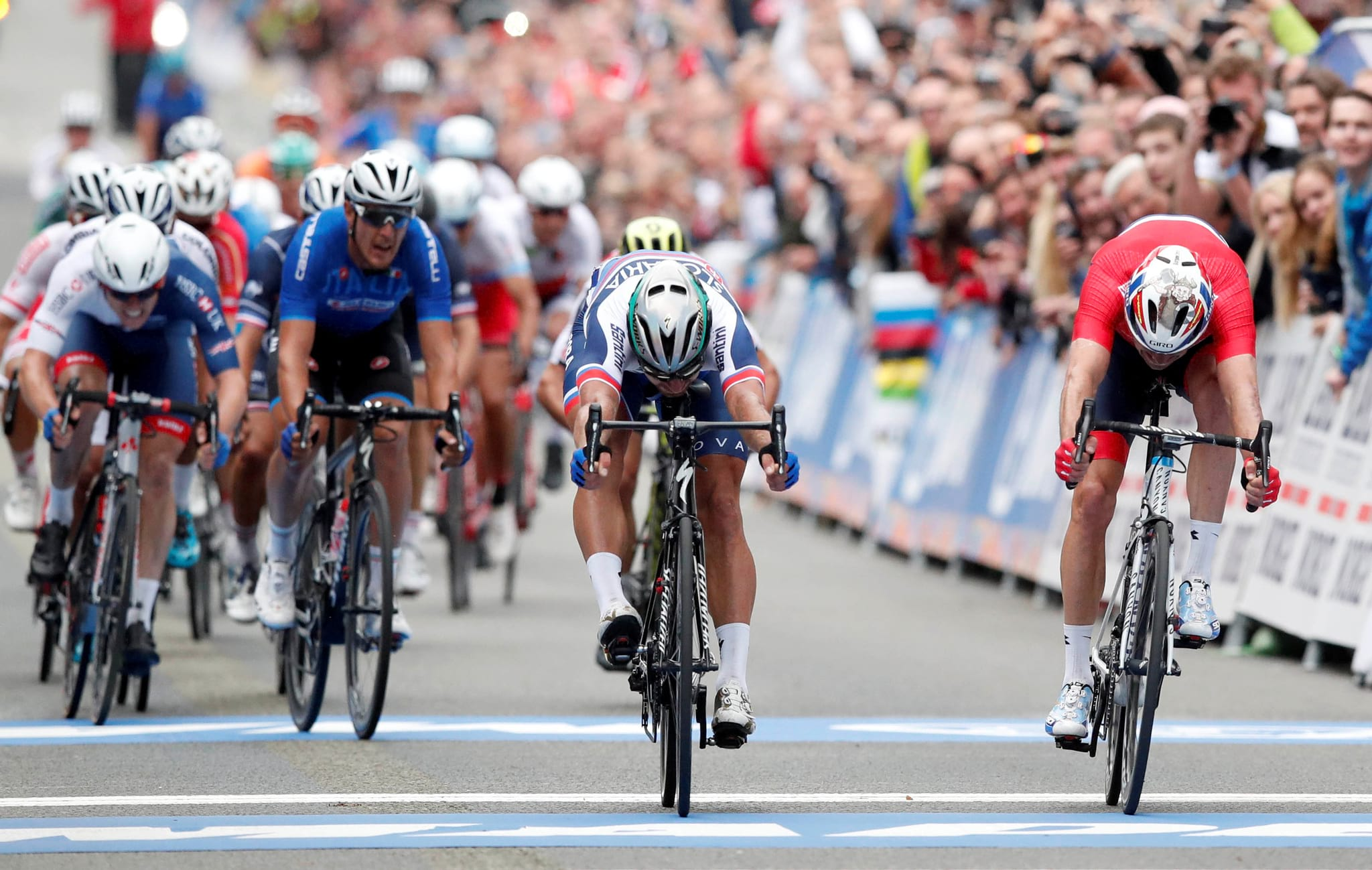 PÚBLICO - Peter Sagan campeão do mundo pela terceira vez consecutiva