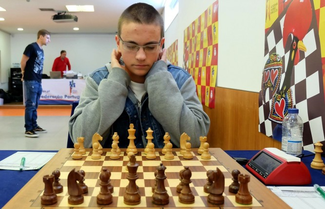 PÚBLICO - André Sousa campeão nacional absoluto aos 17 anos
