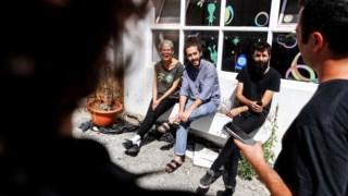 Surma, Hugo Domingues, Luís Jerónimo e Hugo Ferreira, dono da Omnichord Records, a editora no centro da nova música leiriense