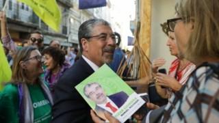 Sendo reeleito, Manuel Machado pretende melhorar os serviços de transportes colectivos ao fim-de-semana e dotar as freguesias rurais de relvados sintéticos, internet gratuita e praias fluviais.