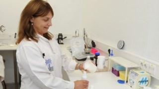 A professora Helena Margarida Ribeiro já trabalhou na indústria, mas regressou à universidade
