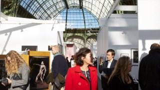 A Paris Photo terá lugar no Grand Palais, com Karl Lagerfeld, director artístico da Chanel, como convidado de honra