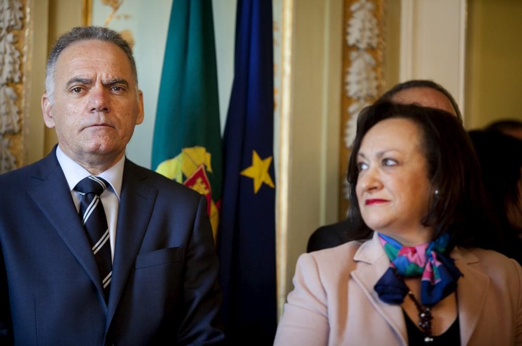 O director do DCIAP e a procuradora-geral: por duas vezes Joana Marques Vidal viu-se obrigada a dar mais tempo à investigação