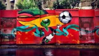 Pique, a malagueta do bigode imortalizada num mural à beira do estádio Azteca, na Cidade do México
