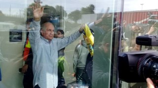 António Ledezma à chegada a Bogotá