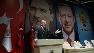 Erdogan, durante a reunião partidária em que criticou a NATO