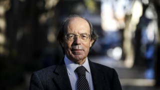 Carlos Encarnação decidiu abandonar a Câmara de Coimbra e a vida política em 2010