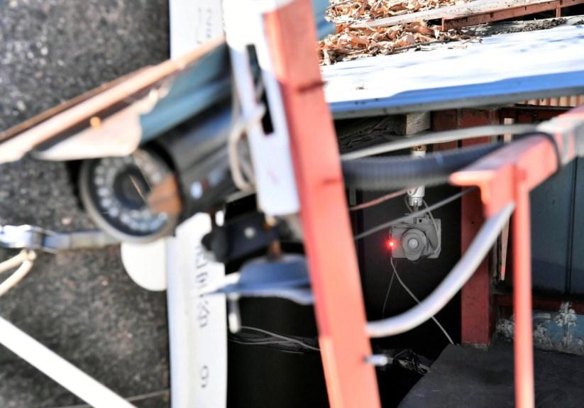 Foram encontradas várias câmaras de vigilância