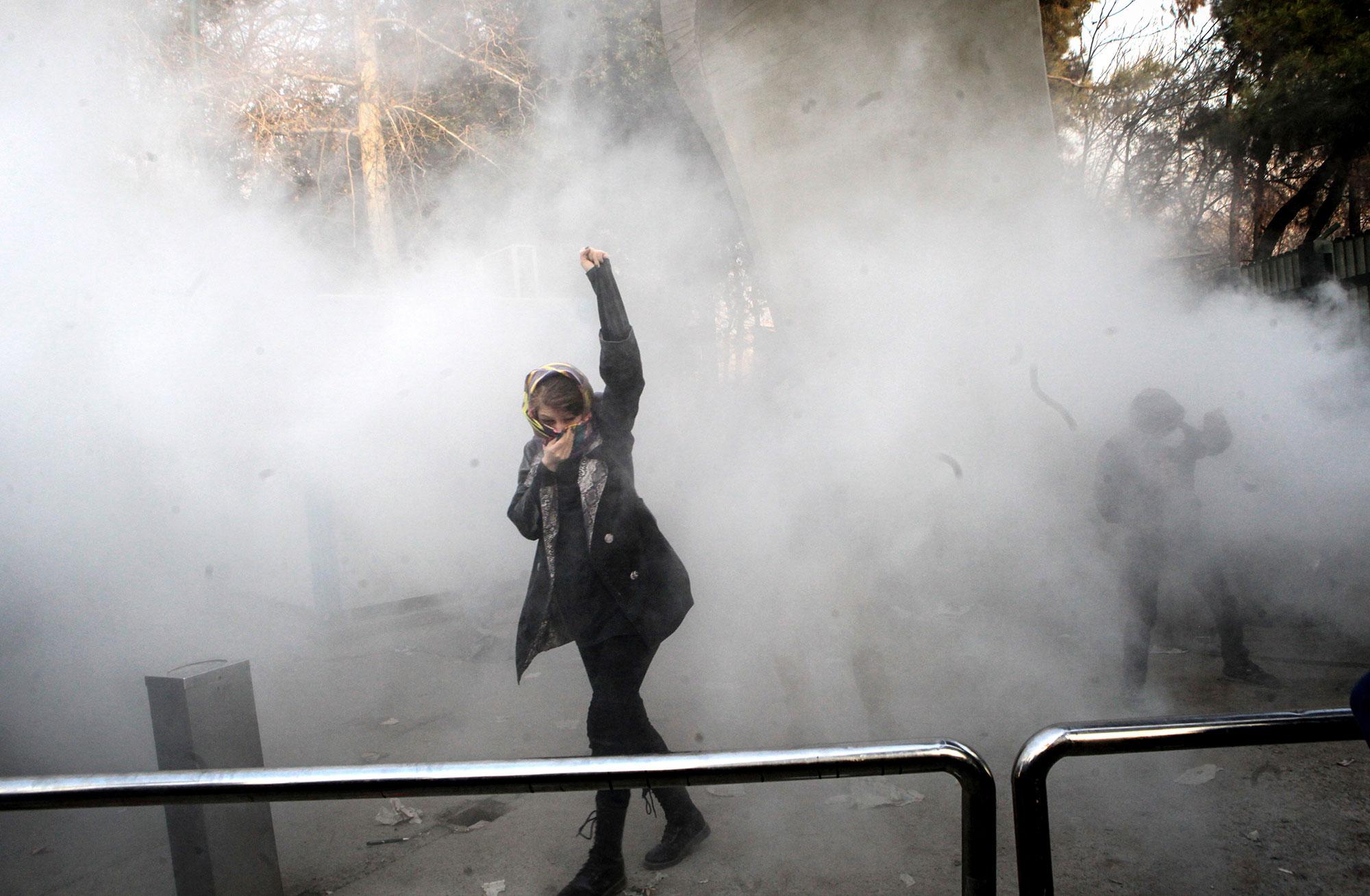 Os iranianos já não têm medo do <i>ayatollah</i>