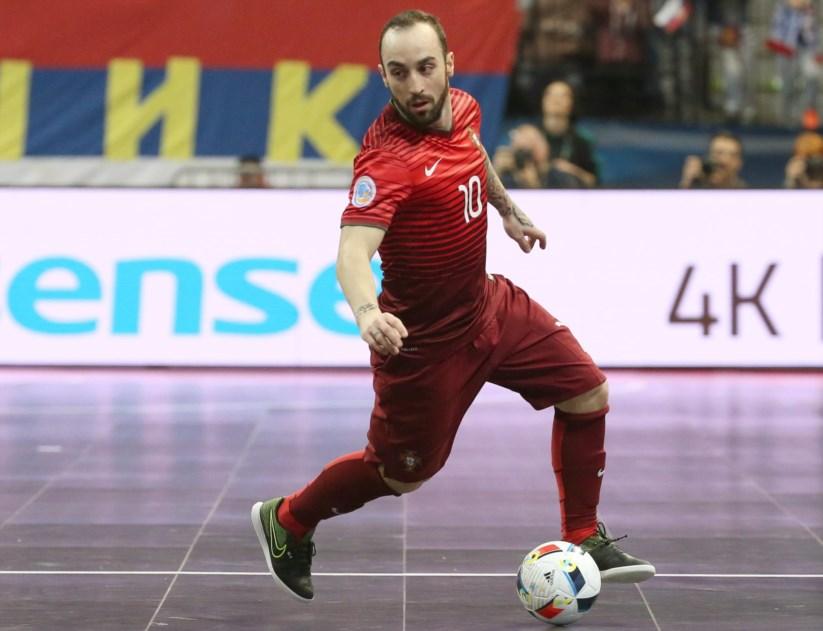 Ricardinho eleito o melhor jogador do mundo pela quinta vez  8a5bc242922d5