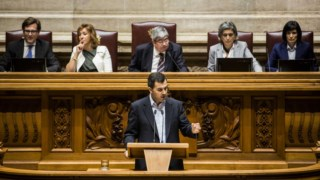PAN propõe audições sobre financiamento